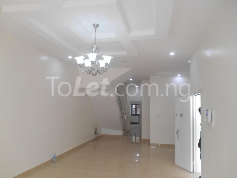 4 bedroom House for sale White Oak Estate, Ologolo Lekki Lagos - 9