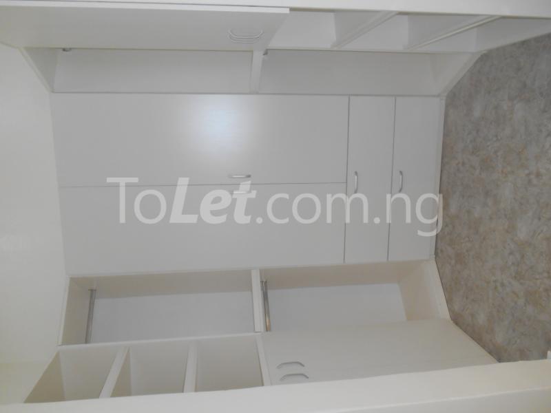 4 bedroom House for sale White Oak Estate, Ologolo Lekki Lagos - 16
