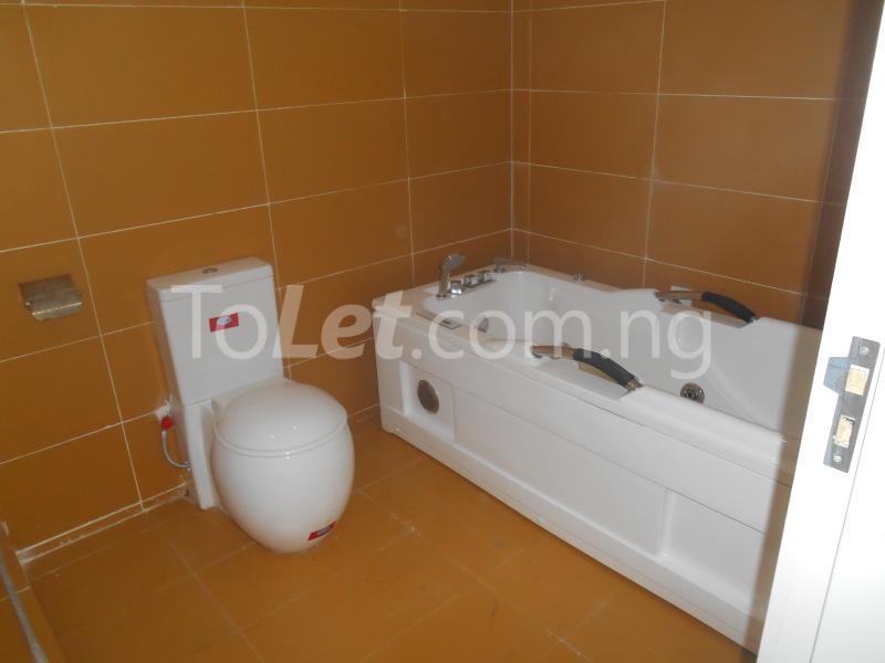 4 bedroom House for sale White Oak Estate, Ologolo Lekki Lagos - 15