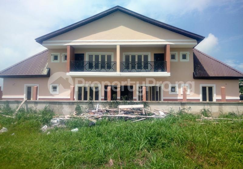 4 bedroom Semi Detached Bungalow House for sale Pearl Gardens Estate Monastery road Sangotedo Lagos - 8