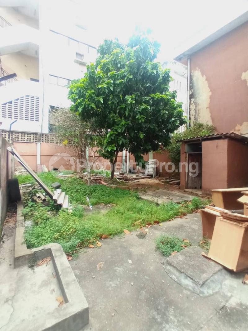 4 bedroom Semi Detached Duplex House for sale Toyin street Ikeja Lagos - 2
