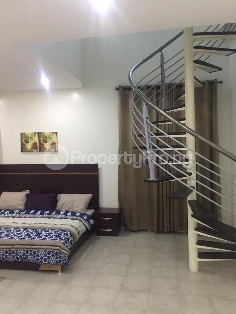 4 bedroom Terraced Duplex for shortlet Ojo Oniyun Close, Magodo Gra Phase 2, Shangisha, Lagos Magodo GRA Phase 2 Kosofe/Ikosi Lagos - 8