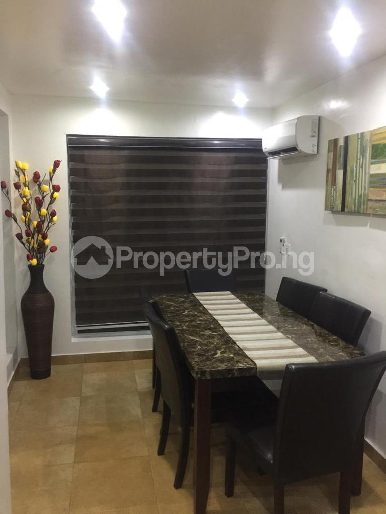 4 bedroom Terraced Duplex for shortlet Ojo Oniyun Close, Magodo Gra Phase 2, Shangisha, Lagos Magodo GRA Phase 2 Kosofe/Ikosi Lagos - 7