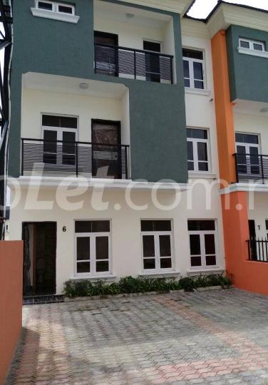 5 bedroom House for sale alternative road   chevron Lekki Lagos - 2