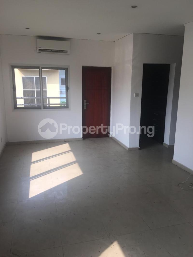 4 bedroom Terraced Duplex House for sale ONIRU Victoria Island Lagos - 19