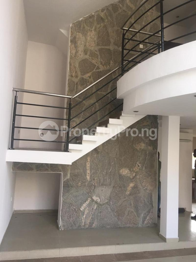 4 bedroom Terraced Duplex House for sale ONIRU Victoria Island Lagos - 17