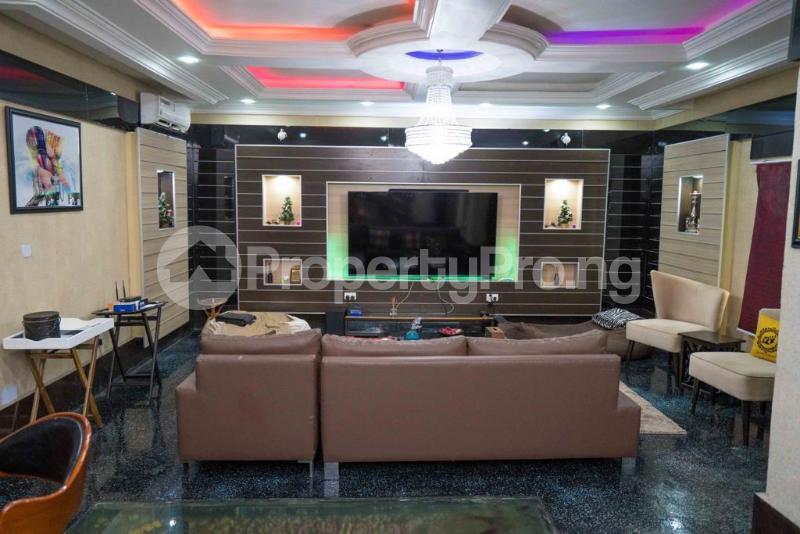 4 bedroom Penthouse for sale Lekki Garden's Phase 2 Abraham adesanya estate Ajah Lagos - 3