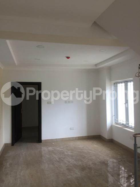 4 bedroom Terraced Duplex House for sale Charles Lawal chevron Lekki Lagos - 8