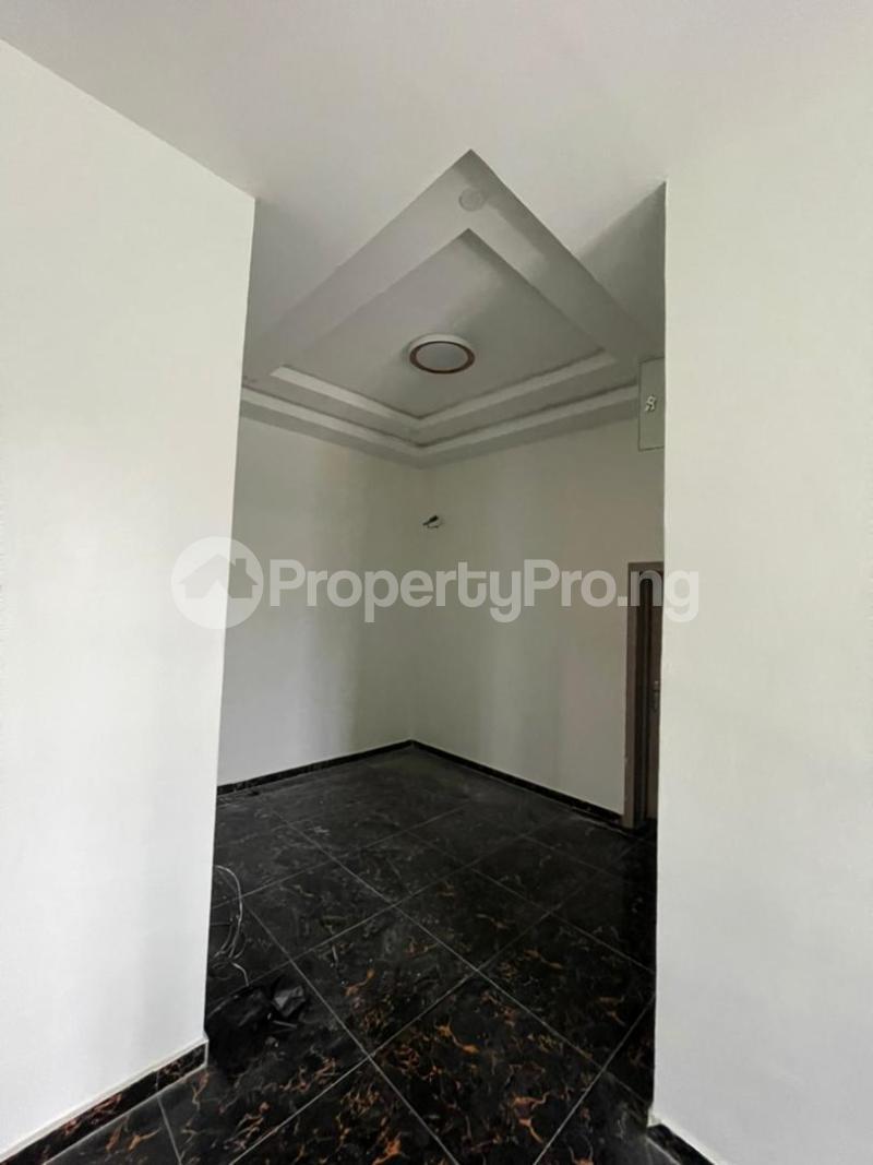4 bedroom Terraced Duplex for sale Ologolo Lekki Lagos - 8