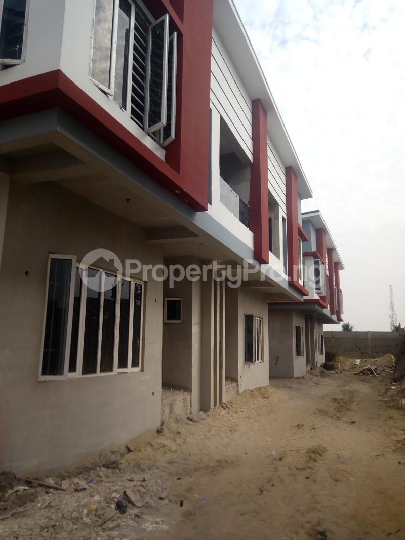 4 bedroom Terraced Duplex House for sale Estate close to VGC Traffic Lights VGC Lekki Lagos - 1