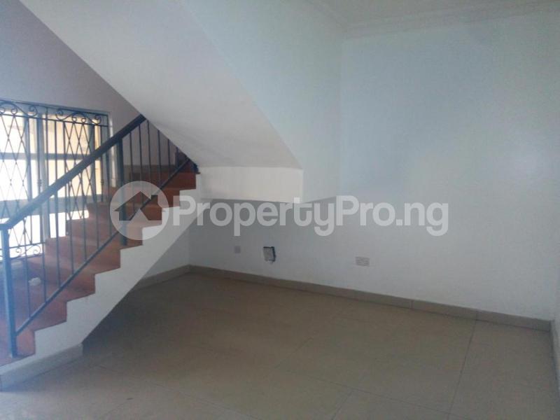 4 bedroom Terraced Duplex House for rent Bourdillon Court Estate  chevron Lekki Lagos - 2