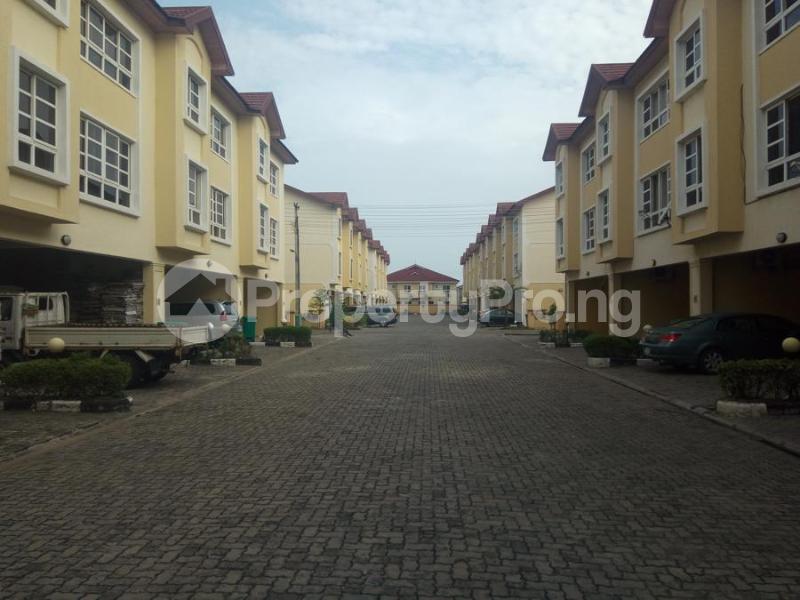 4 bedroom Terraced Duplex House for rent Bourdillon Court Estate  chevron Lekki Lagos - 15