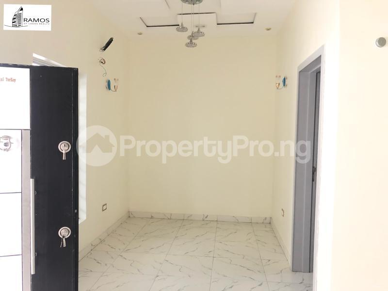 4 bedroom Terraced Duplex House for rent Orchid Road Lekki Phase 2 Lekki Lagos - 3
