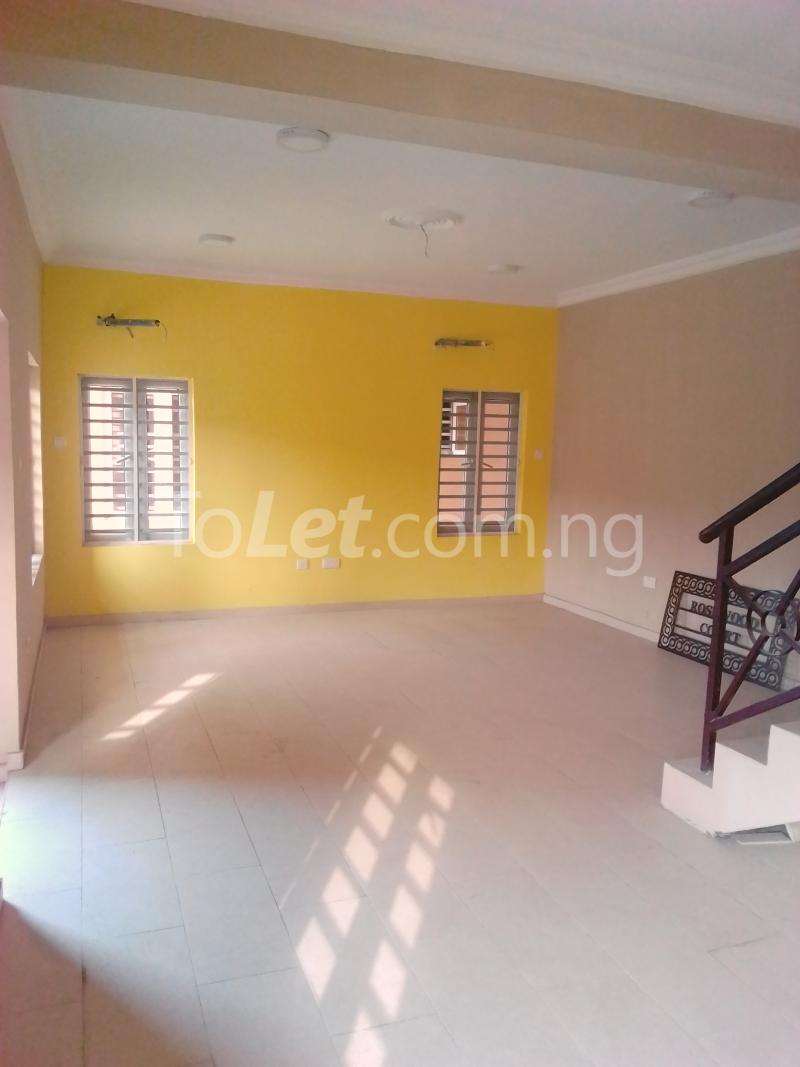 4 bedroom House for sale Park view estate Ago palace Okota Lagos - 4