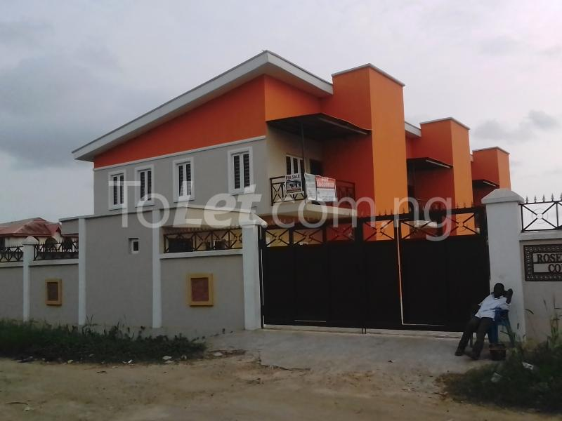 4 bedroom House for sale Park view estate Ago palace Okota Lagos - 0