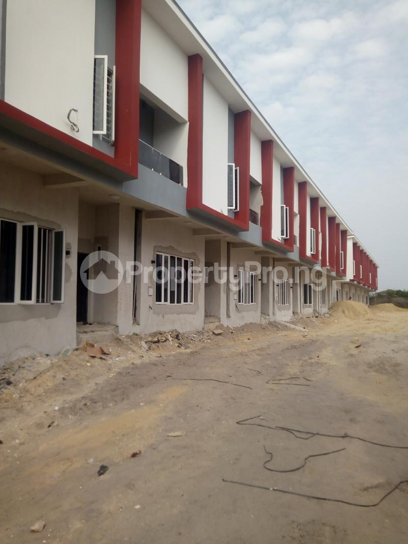 4 bedroom Terraced Duplex House for sale Estate close to VGC Traffic Lights VGC Lekki Lagos - 0