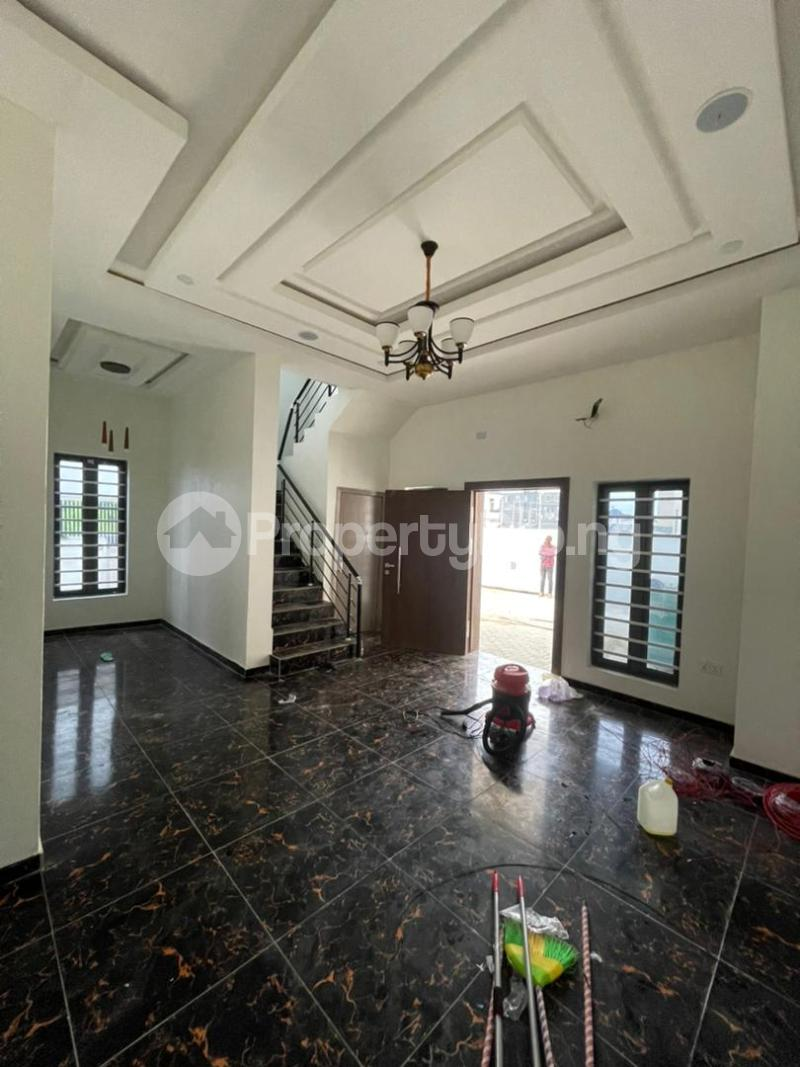 4 bedroom Terraced Duplex for sale Ologolo Lekki Lagos - 12