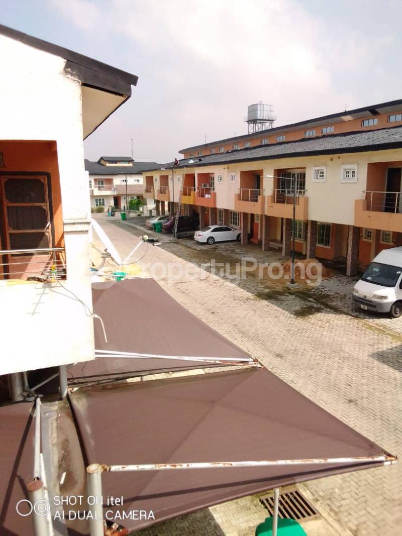 4 bedroom Semi Detached Duplex House for sale off Chevron drive  Lekki Phase 1 Lekki Lagos - 4