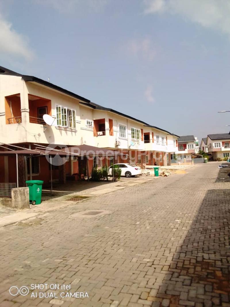 4 bedroom Semi Detached Duplex House for sale off Chevron drive  Lekki Phase 1 Lekki Lagos - 5