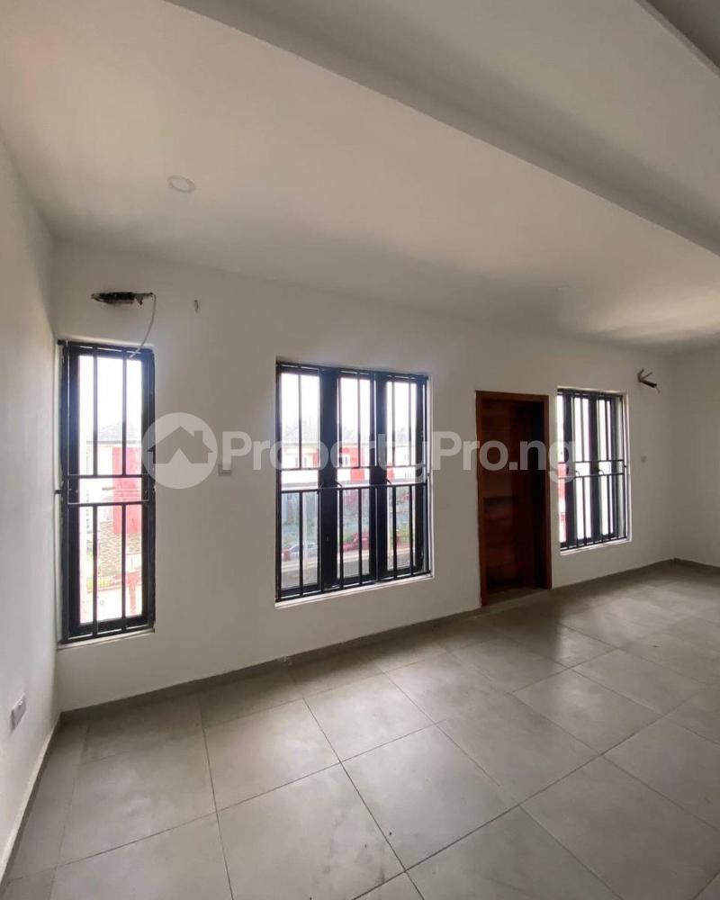 4 bedroom Terraced Duplex for rent Ikate Lekki Lagos - 4
