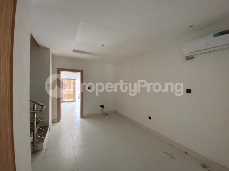 4 bedroom Terraced Duplex House for rent Lekki Lagos - 18