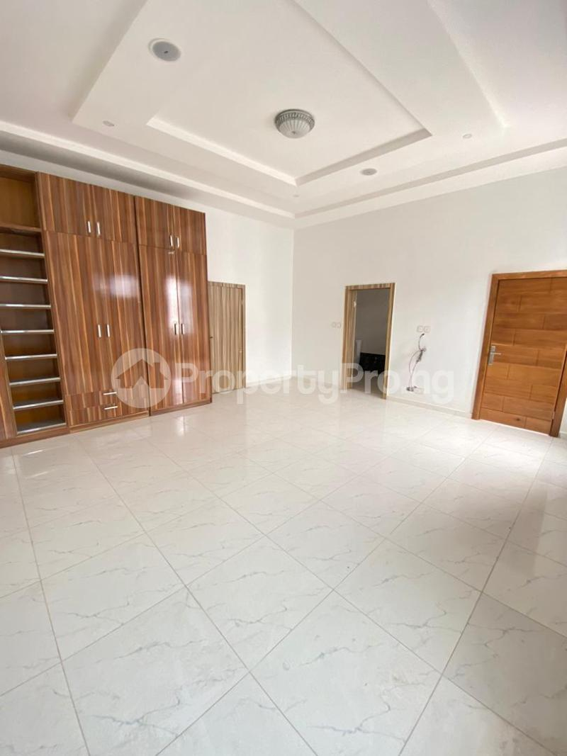 4 bedroom Terraced Duplex House for sale chevron Lekki Lagos - 13