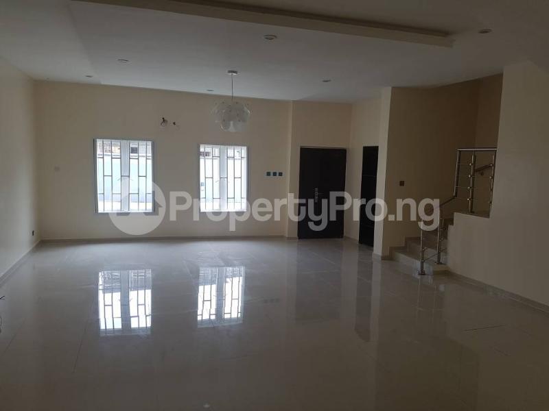 4 bedroom Terraced Duplex House for rent Ikate Lekki Lagos - 15
