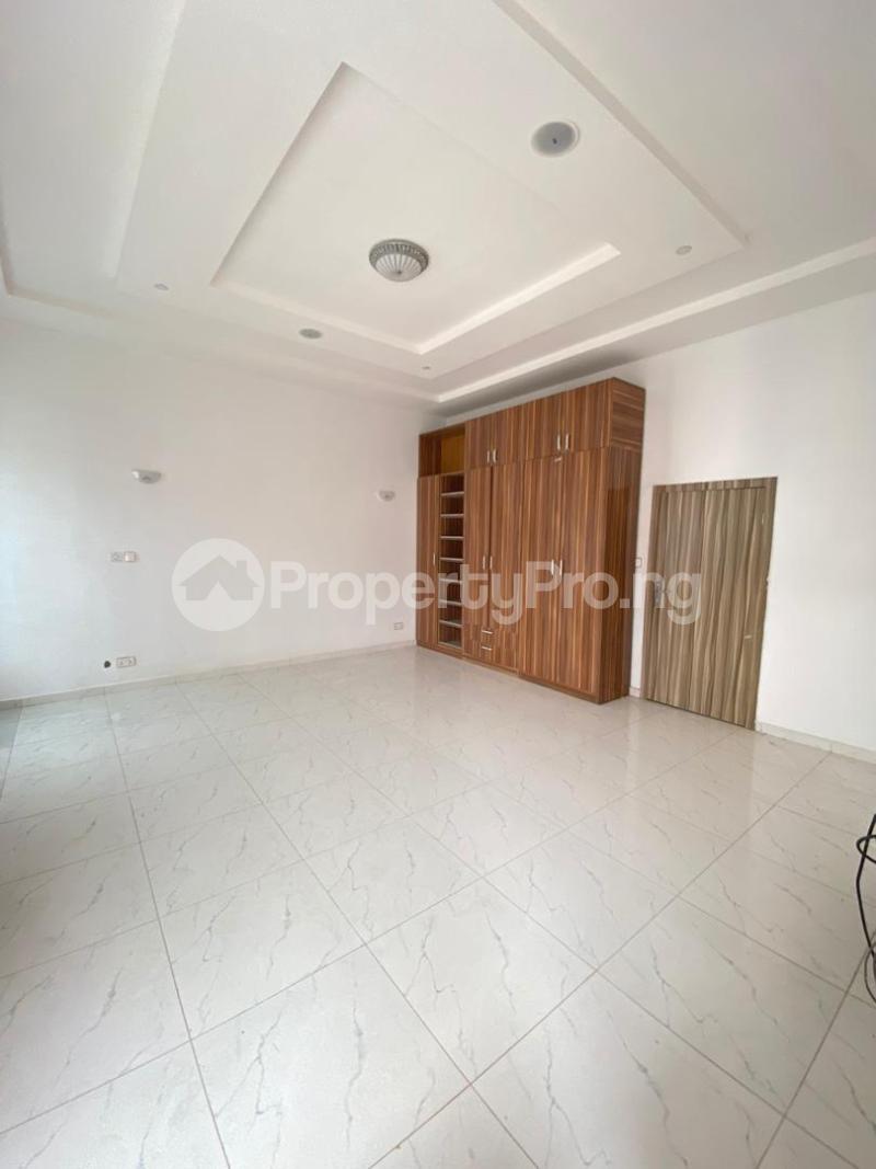 4 bedroom Terraced Duplex House for sale chevron Lekki Lagos - 12