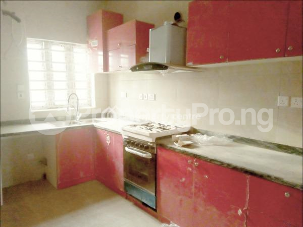 4 bedroom Terraced Duplex House for sale  Charis Court 1 Estate, Off Orchid Road By Eleganza Bust/stop  Nicon Town Lekki Lagos - 2