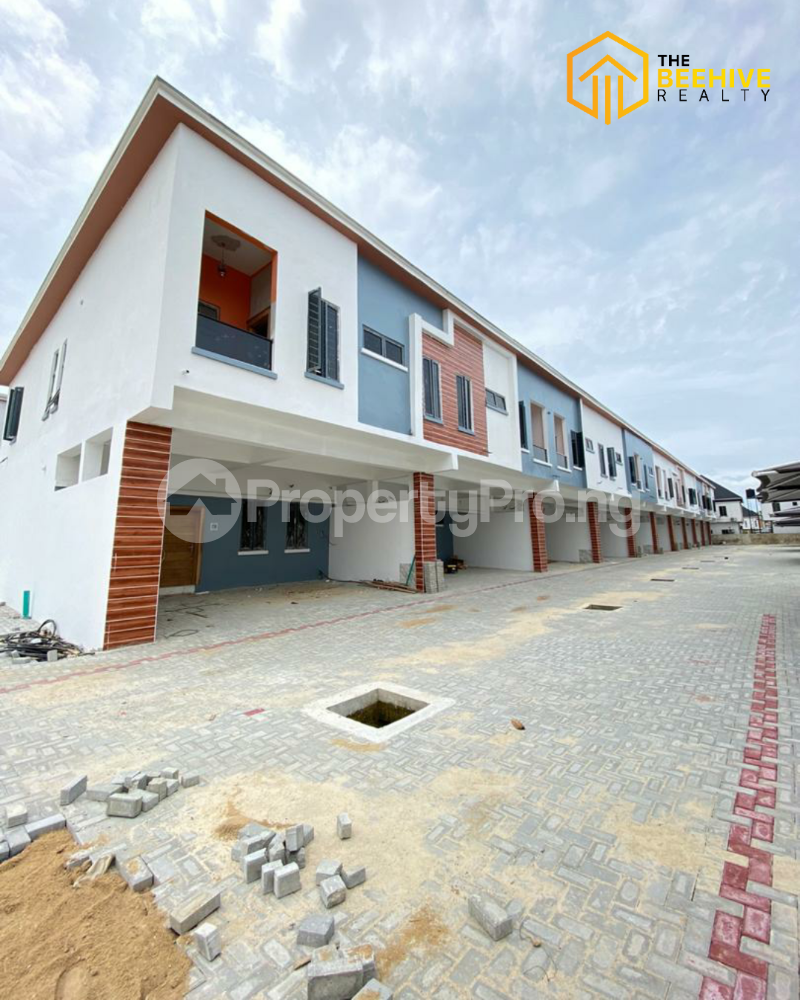 4 bedroom Terraced Duplex House for sale chevron Lekki Lagos - 1