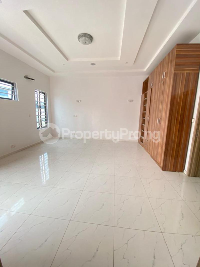 4 bedroom Terraced Duplex House for sale chevron Lekki Lagos - 7