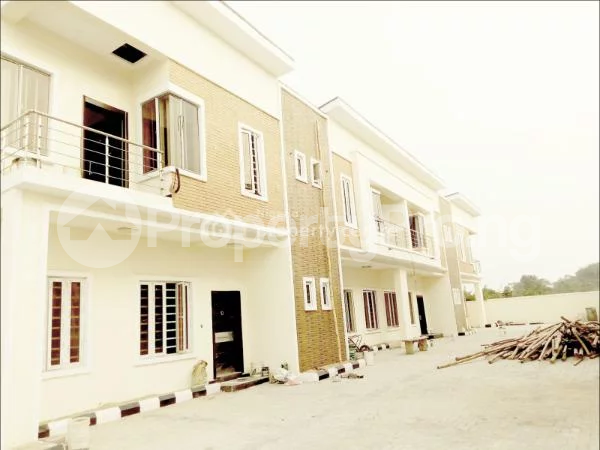 4 bedroom Terraced Duplex House for sale  Charis Court 1 Estate, Off Orchid Road By Eleganza Bust/stop  Nicon Town Lekki Lagos - 4