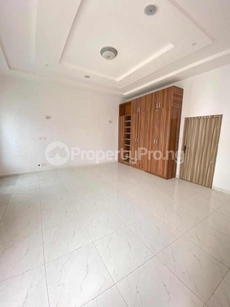 4 bedroom Terraced Duplex House for sale chevron Lekki Lagos - 8
