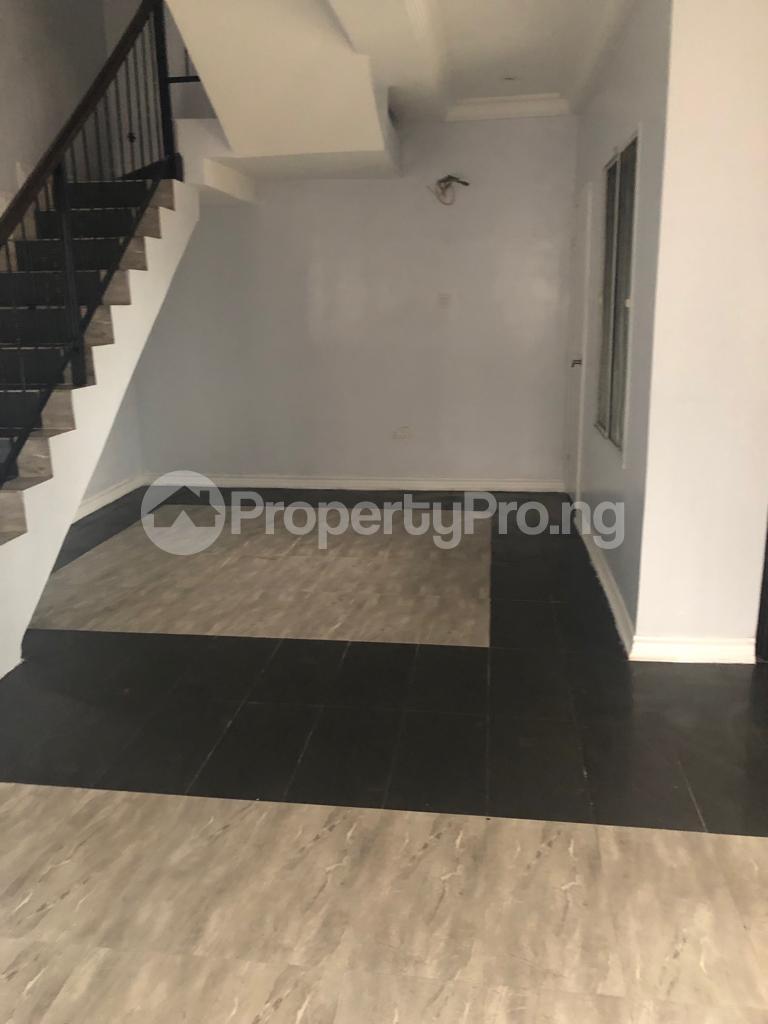 4 bedroom Terraced Duplex for sale Lekki Lagos - 4