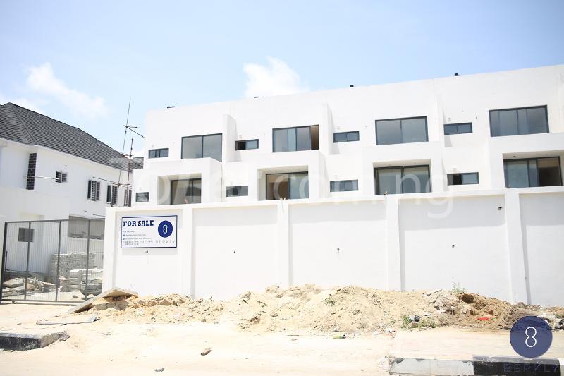 4 bedroom Terraced Duplex for sale Chevron Drive Agungi Lekki Lagos - 0