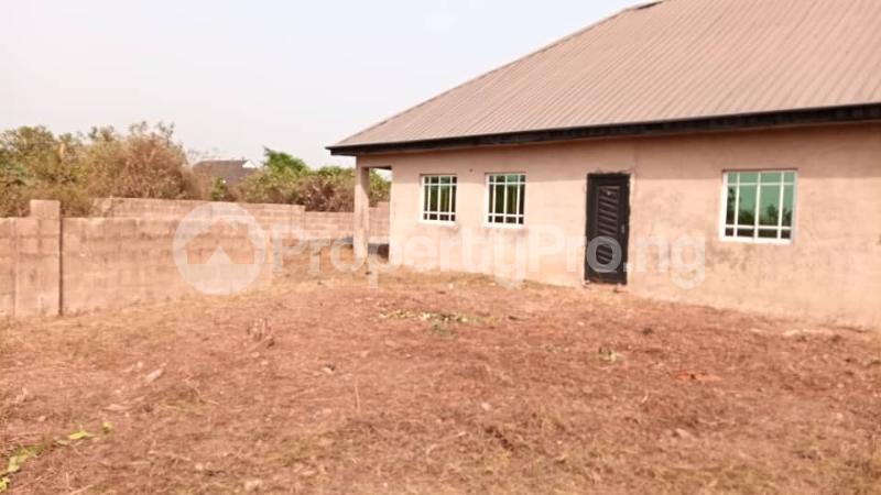 4 bedroom Factory Commercial Property for sale  behind ajara Grammar school olorunda area akobo ibadan. Akobo Ibadan Oyo - 5