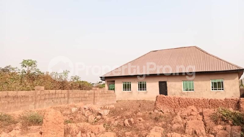 4 bedroom Factory Commercial Property for sale  behind ajara Grammar school olorunda area akobo ibadan. Akobo Ibadan Oyo - 6