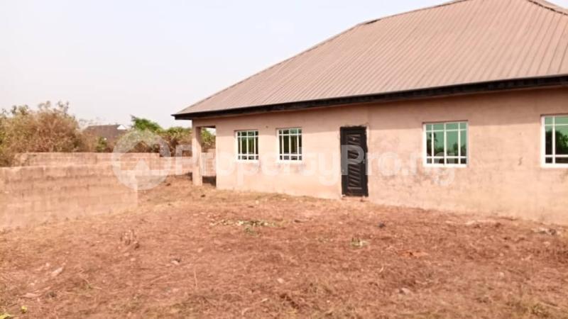 4 bedroom Factory Commercial Property for sale  behind ajara Grammar school olorunda area akobo ibadan. Akobo Ibadan Oyo - 8