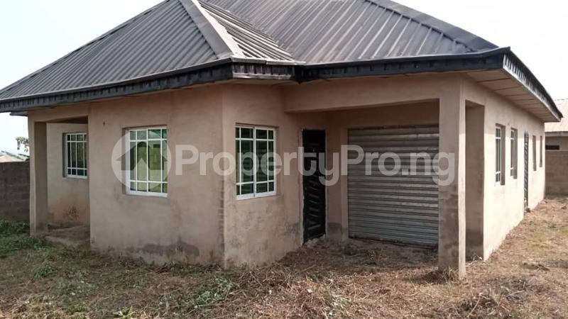 4 bedroom Factory Commercial Property for sale  behind ajara Grammar school olorunda area akobo ibadan. Akobo Ibadan Oyo - 7