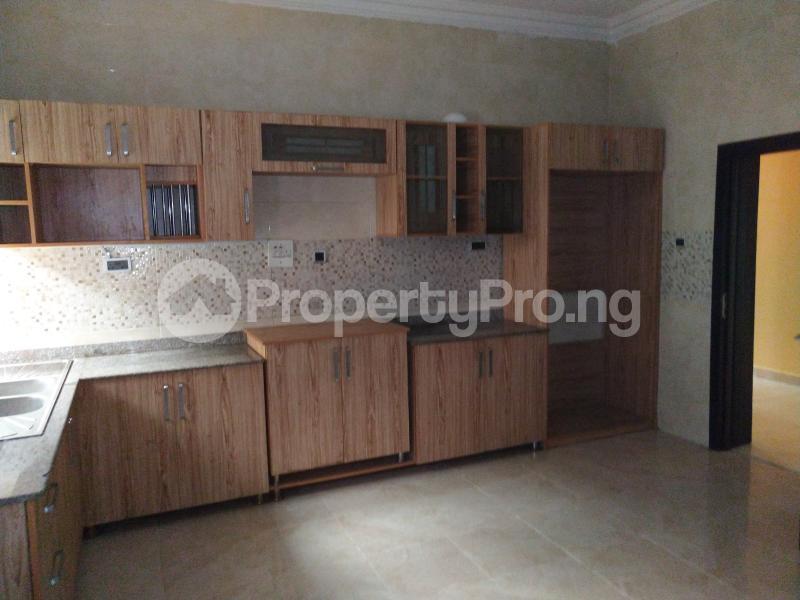 4 bedroom Semi Detached Duplex House for rent . Lekki Phase 1 Lekki Lagos - 5