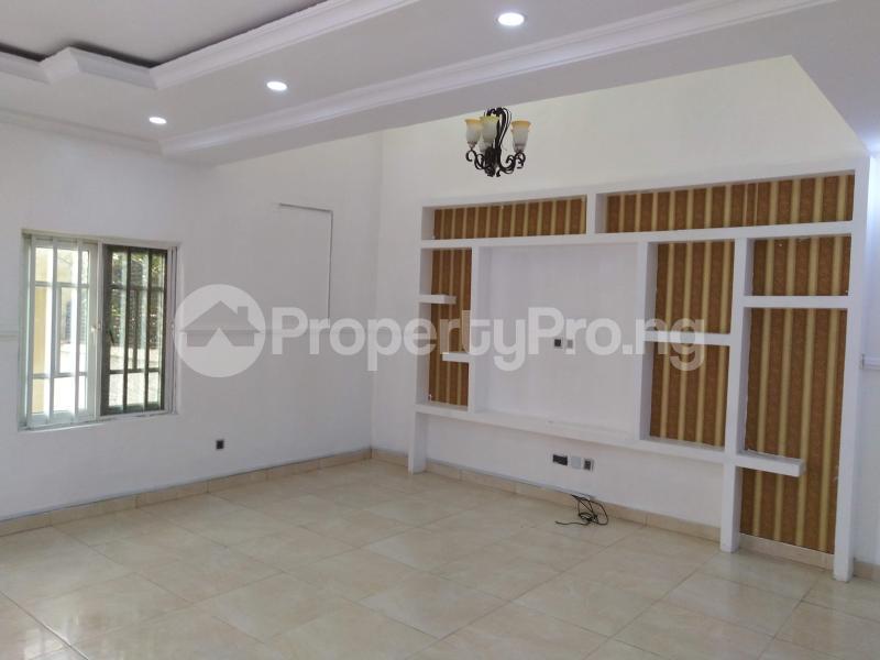 4 bedroom Semi Detached Duplex House for rent . Lekki Phase 1 Lekki Lagos - 4