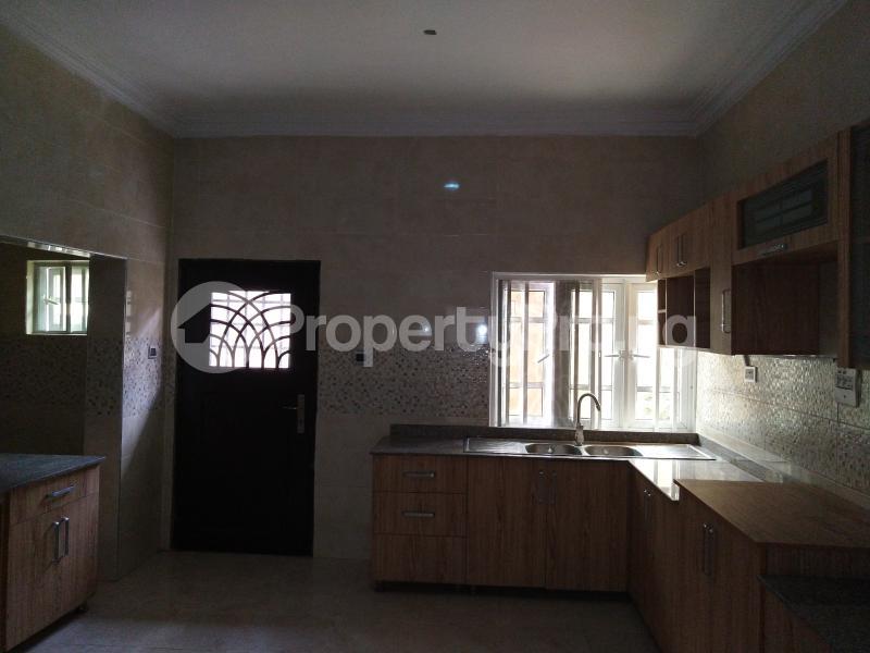 4 bedroom Semi Detached Duplex House for rent . Lekki Phase 1 Lekki Lagos - 6
