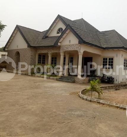 4 bedroom Detached Bungalow for sale Opposite International Market Makurdi Benue - 3