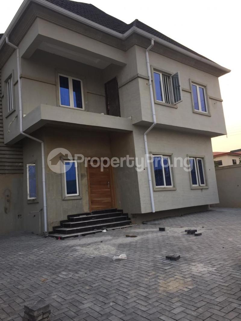 4 bedroom Detached Duplex House for sale ... Oluyole Estate Ibadan Oyo - 0