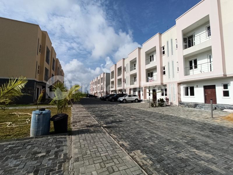4 bedroom Terraced Duplex House for sale Ilasan Ikate Lekki Lagos - 0