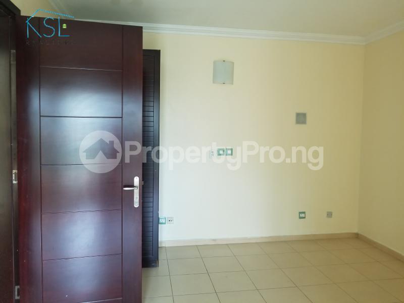 4 bedroom Terraced Duplex House for rent Residential Area Banana Island Ikoyi Lagos - 12