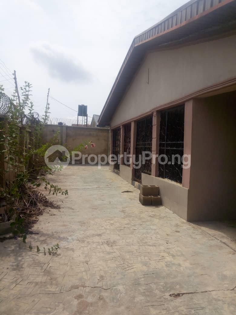Detached Bungalow for sale Moniya Ibadan Oyo - 2