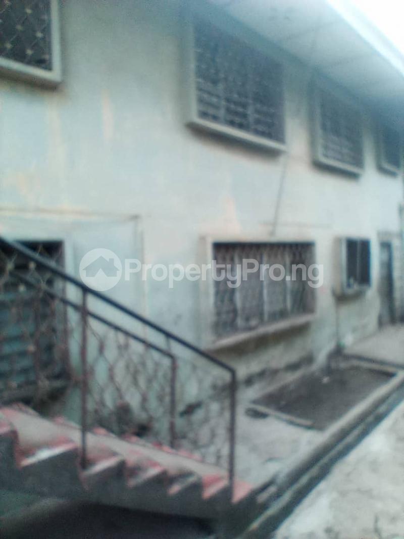 Blocks of Flats House for sale Aibisala Street Oke ado Ibadan Oyo - 4