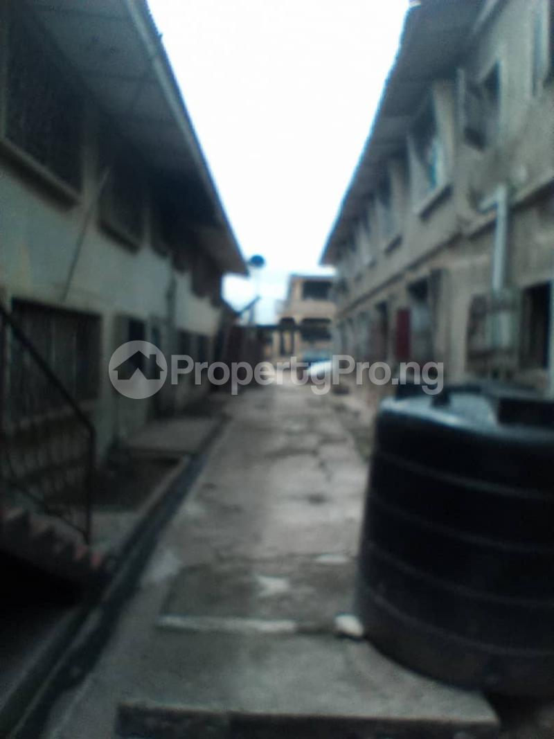 Blocks of Flats House for sale Aibisala Street Oke ado Ibadan Oyo - 6
