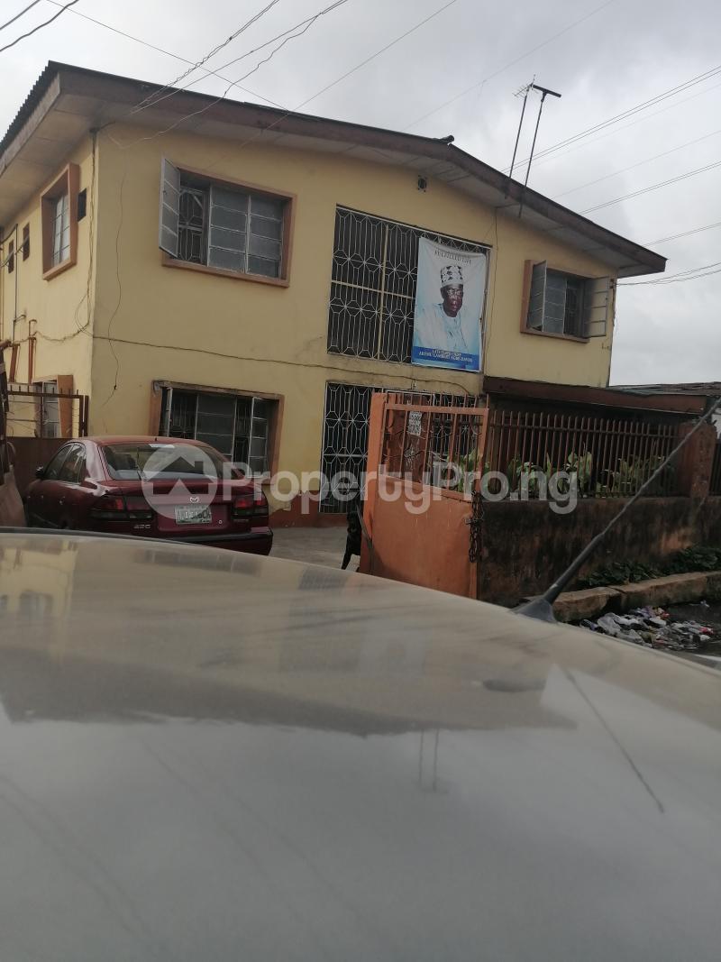 2 bedroom Blocks of Flats House for sale Ijesha Surulere Lagos - 0
